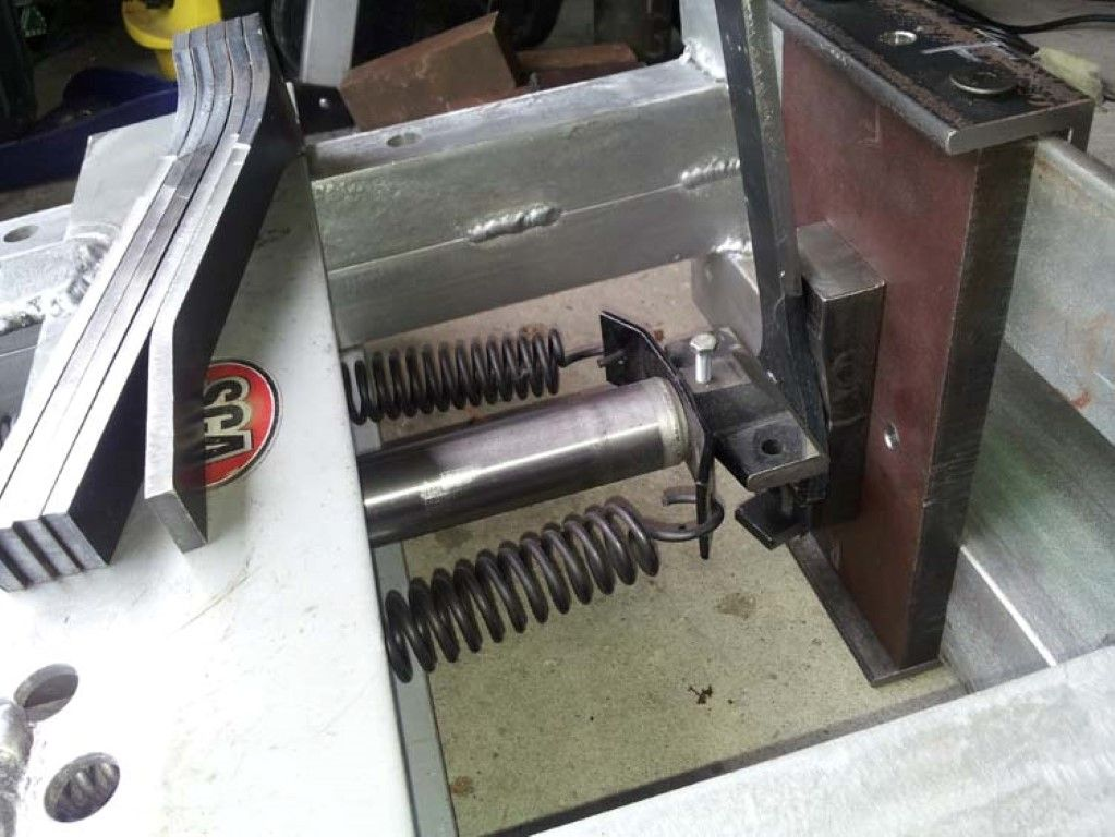 008 pressing spokes 2 (medium).jpg